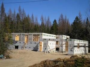 Construction-mvj-structure-2 - (c) 2015 - Construction M.J.V. (2012) inc. - Structures en cours